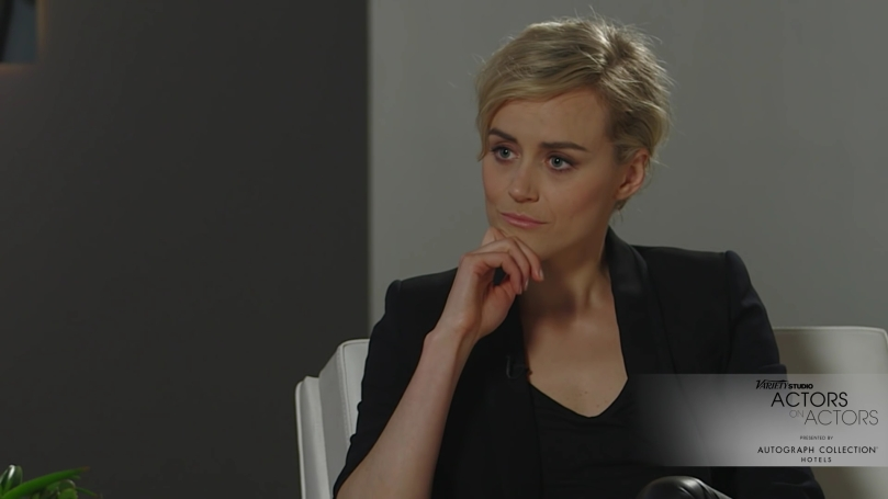Actors on Actors Jessica Lange and Taylor Schilling (Full Version).mp4_20160119_180204.233