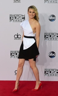 US-ENT-AMERICAN MUSIC AWARDS-ARRIVALS